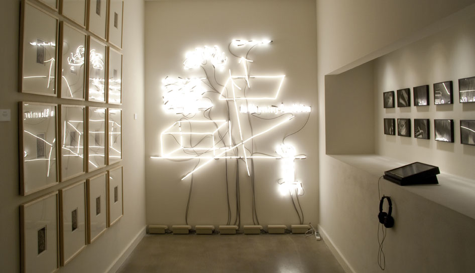 Joseph Kosuth 'Marcel Duchamp's Nude Descending a Staircase: An Homage'. Francis M. Naumann Fine Art Gallery, New York, USA. Neon mounted directly on wall. Production: Neonlauro, January 2013. Photo: Seamus Farrell.